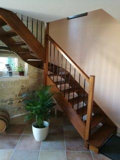 Escalier conduisant aux chambres (1 et 2)