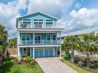 NEWER 6 BR, HEATED POOL, AMAZING OCEAN VIEWS, ELEVATOR, EASY BEACH ACCESS!
