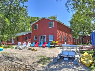 NEW! Diamond Lake Resort 6BR Atwater Cabin