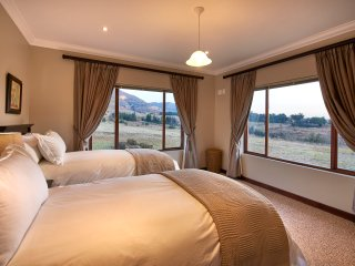 Clarens - Dynasty Red Mountain Ranch