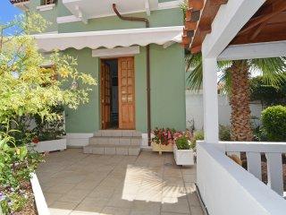 Apartamentos La Casa Verde 67 m2 y jardin privado