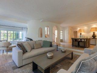 Magnifique villa provençale au calme absolu dans domaine privé