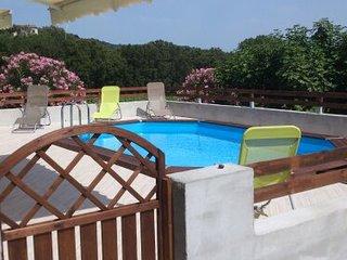villa de charme au coeur du vignoble corse avec piscine sans vis à vis