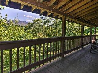 'Greenbrier Lodge' ~ 1 Mi to Smoky Mtn National Pk
