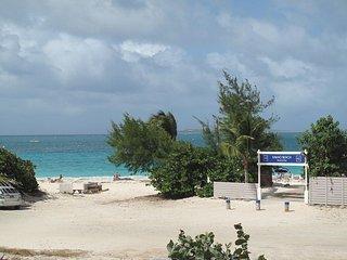 Caribbean Riviera 4, 3BR vacation rental, Orient Beach, St Martin