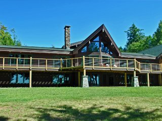 Lower Saranac Lake Lodge