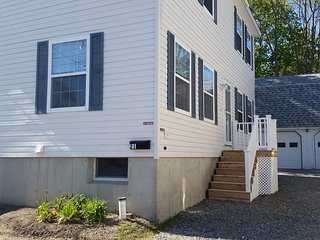 In town Edgewood St. Property Sleeps 12