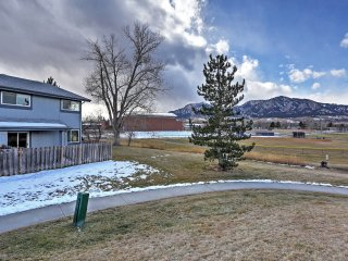 NEW! 2BR Boulder Townhome w/ Mountain Views!