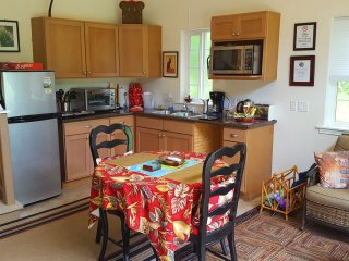 Complete kitchenette and dining area