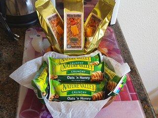 Complimentary Maui coffee and breakfast snacks