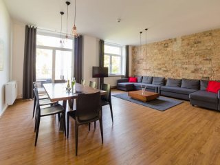 85 SQM & 3 ROOM - DESIGN APARTMENT (II) by BENSIMON apartments