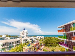 Front Sea View, Studio Apartment with SofaBed_7G - Rocco HuaHin Condominium