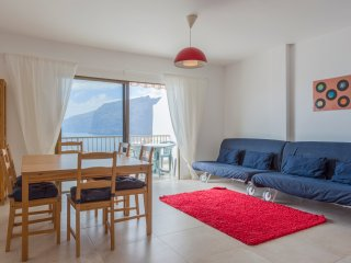 Sea, cliffs view apartment in Tenerife