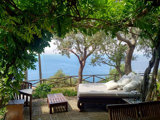Sogno di Capri: Superb Private Villa for 6 on the beautiful Anacapri part of