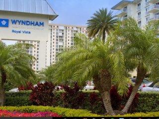 Wyndham Royal Vista Resort - On the Beach