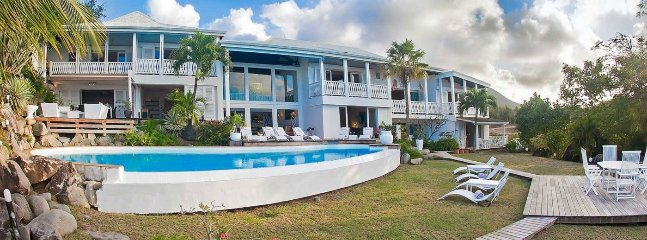 Villa Caye Blanche 7 Bedroom (This Elegant, Split-level Residence Has A Large