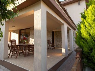 Kinousa Luxury Villa 2