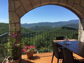 Authentiek Frans appartement met schitterend uitzicht, gite la Volane
