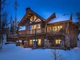 Slopeside Lodge, Sleeps 10
