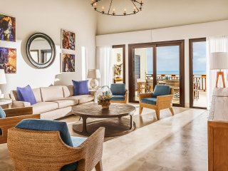 Zemi Beach House - 3 Bedroom Penthouse Suite