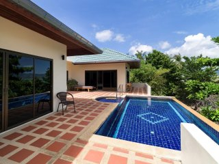 4 Bedroom Sea View Villa Pad Thai