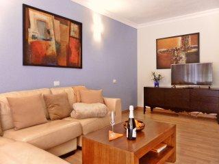 Ihre Komfort - Ferienwohnung 'Amaryllis'- hochwertig renoviert und -ausgestattet