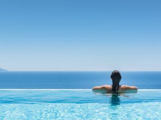 blue horizon villa with private pool