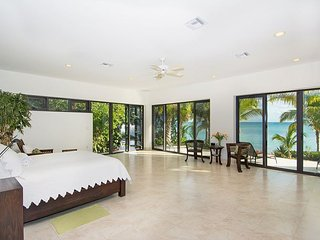 'Oceanus' - 12,000 sq. ft. Private Estate - A Luxury Cayman Villas Property