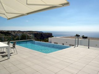 Apartment in Alicante, Benitachell 103599