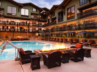 Walking distance to slopes! 3Br Condo at The Lodge at Vail ~ RA147416