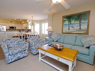 Sandpiper D 2A: 4Bd/3Bth Condo, Oceanview in Litchfield Beach & Golf