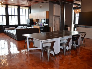 714 — GIANT+ Tier — Derby City Urban Bourbon Loft Great View
