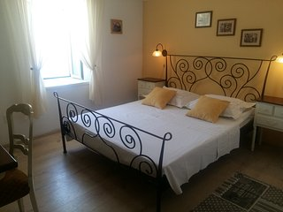 Cozy room in a Renaissance villa 2