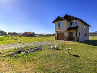 NEW! 3BR Pagosa Springs House - View of Mtn Peak!