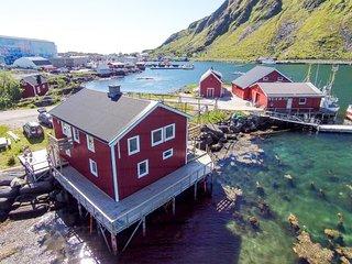 Kokkbua Studio Cabin in Hemmingodden Lofoten Fishing Lodge
