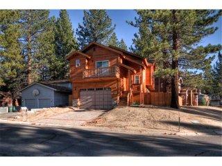 Creekwood Lodge ~ RA647