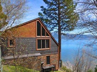 Deluxe Lake Side Condo ~ RA3425