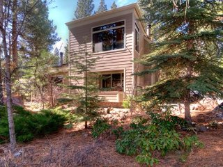 Incline Village Mountain Getaway  ~ RA3475