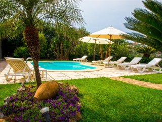 Charming 3 bedroom villa with private pool with views of Amalfi Coast