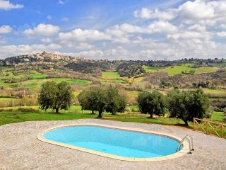 Beautiful Country House situated 3 kilometers away from Manciano, Tuscany.