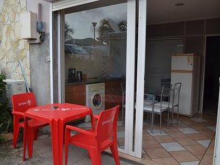 Apartment with one room in Le Diamant, with enclosed garden and WiFi