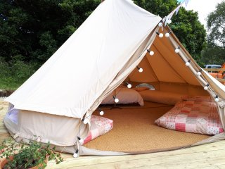 Acorn Wood Glamping Willow Bell Tent