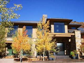 Exclusive Aspen/Snowmass Contemporary Private Estate ~ RA86697