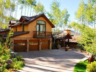 Pines Ski-in and Out Family Home ~ RA86728