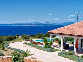 LAST MINUTE RATES!!! Most Beautiful Mediterranean Spacious Villa on Hvar