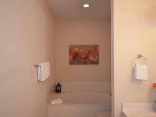 Turnberry 8573 4 Bedrooms townhouse ~ RA90346