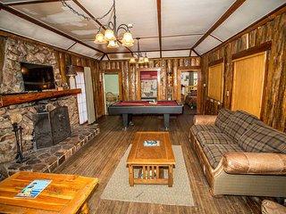 0100 - Lodge House ~ RA2312