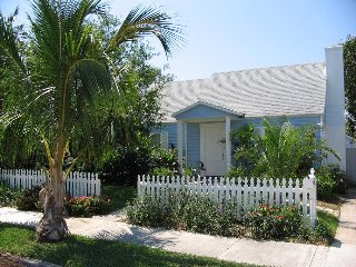 Coco Palm Cottage Vacation Home ~ RA128337