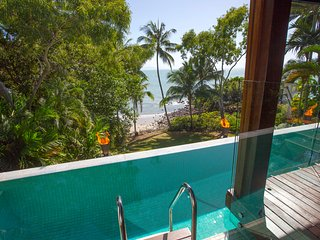 17 Wharf Street | Luxury Beachfront House