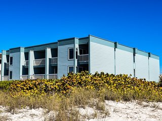 Seaside Beach House 205 ~ RA144613